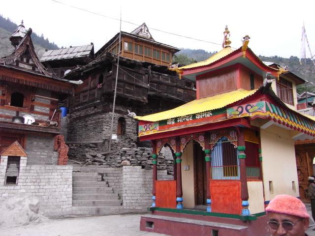 カムル村の神殿