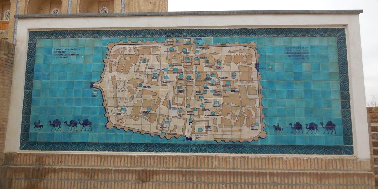 ヒヴァ イチャン・カラ内の地図