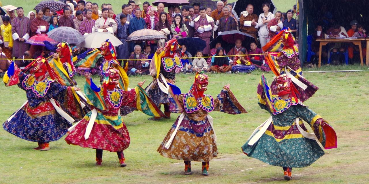 のどかな村祭り的なウォンディフォダンのツェチュ祭