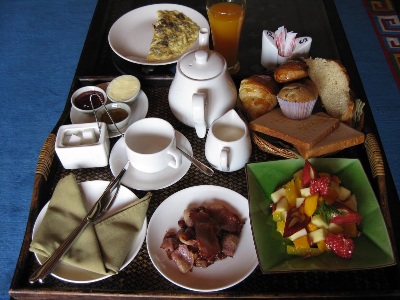 朝食一例。スイート部屋ならRoom in breakfastサービスも有ります。