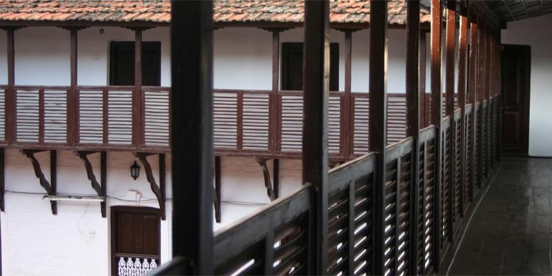 ゲストルームを繋ぐ廊下
