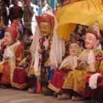 中心にいるのがグル・リンポチェ(タクトク・ツェチュ祭にて)