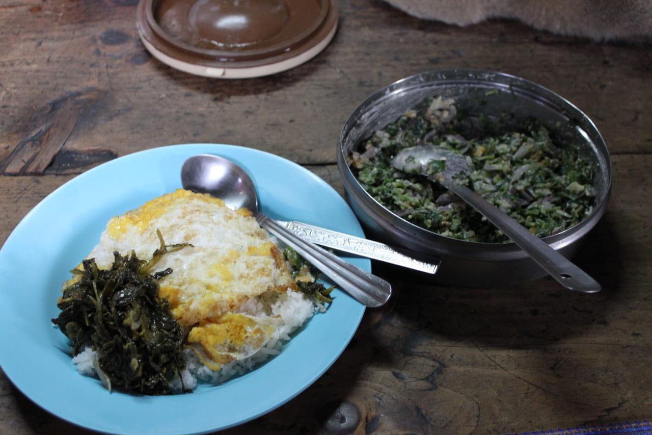 民家の朝食