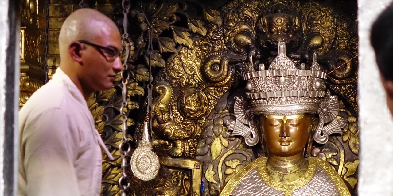 仏教寺院ゴールデンテンプル(パタン)