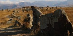 世界最古の天文観測所と説く学者もいるカラフンジ遺跡