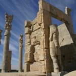 アケメネス朝ペルシアの時代、紀元前6世紀の大神殿ペルセポリスの入口クセルクセス門
