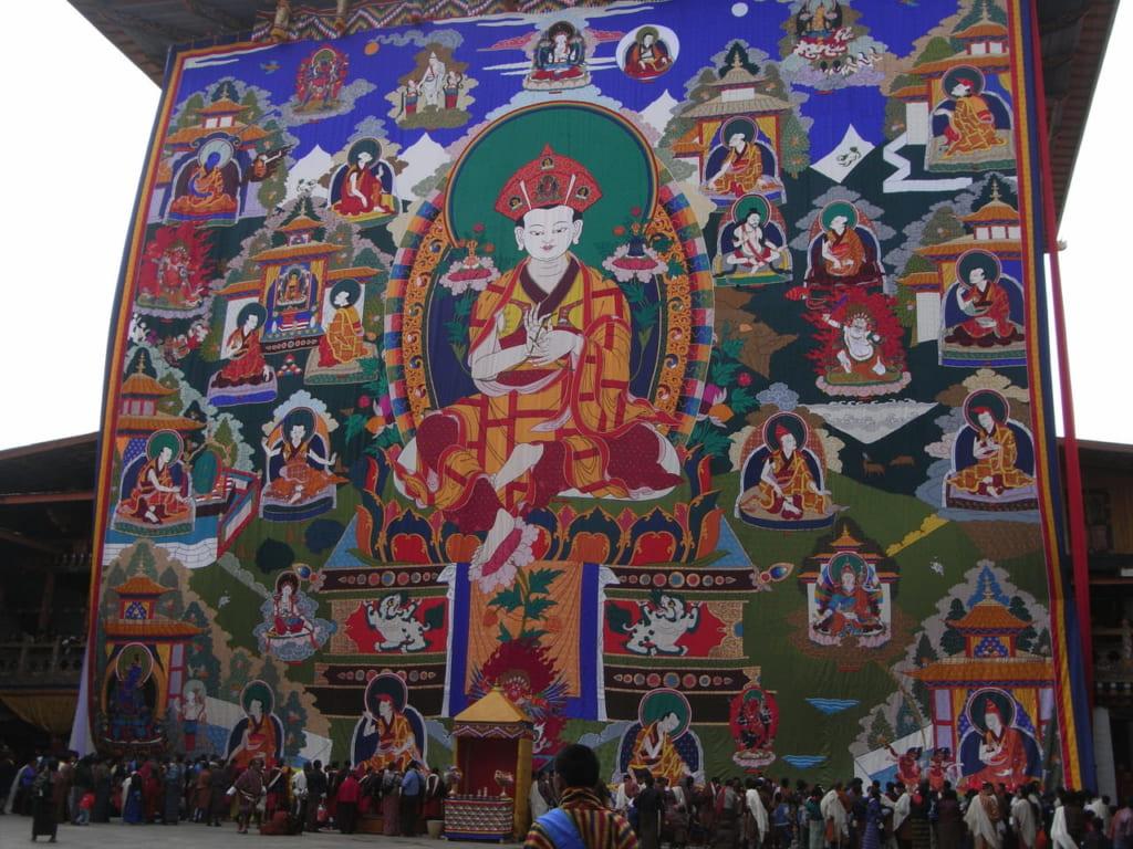 ペマ・カルポが描かれたプナカのトンドル(大仏画)