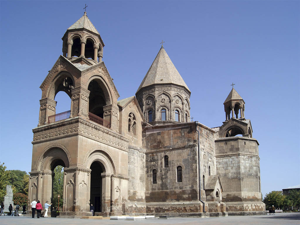 アルメニア正教会の総本山エチミアジン