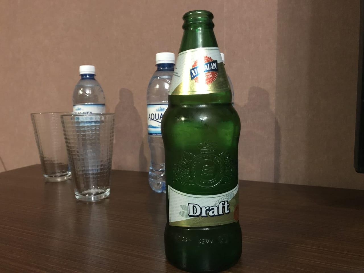 イスラム教徒の多いアゼルバイジャンですが、ワインはもちろんビールもあります。