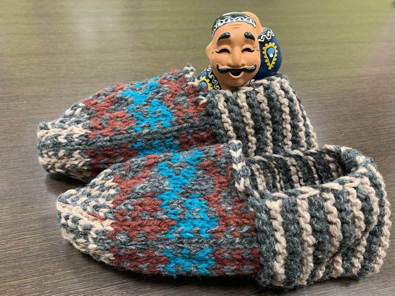 室内履きにぴったりのヒヴァの靴下