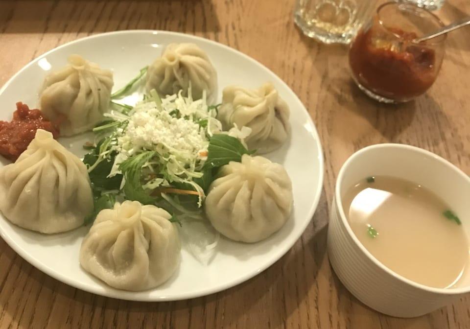 チベット料理レストラン タシデレのモモ